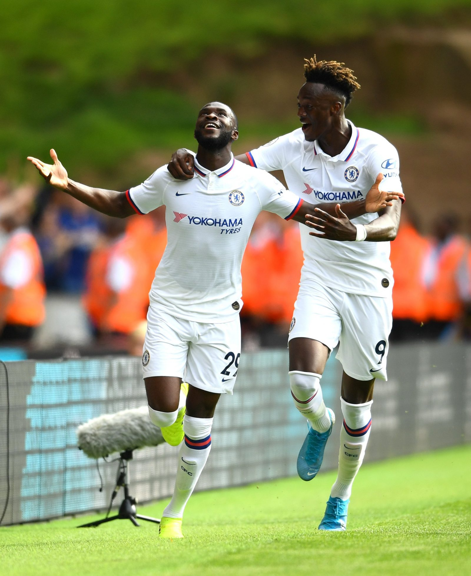 Chelsea  To Offer  Five Year Contracts To Abraham, Tomori