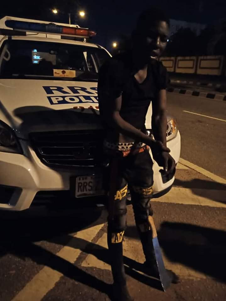 RRS Arrest 17-yr-Old Traffic Robber After Being Knocked Down By Vehicle