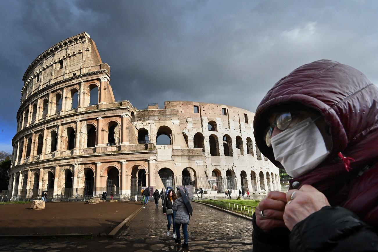 Италия смягчила карантин